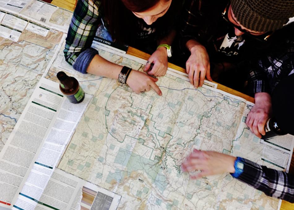 Mappy Hour: Outdoor Adventurers Meet Up
