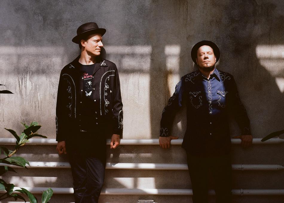 Tuomo & Markus (feat. Pratt & Moody)