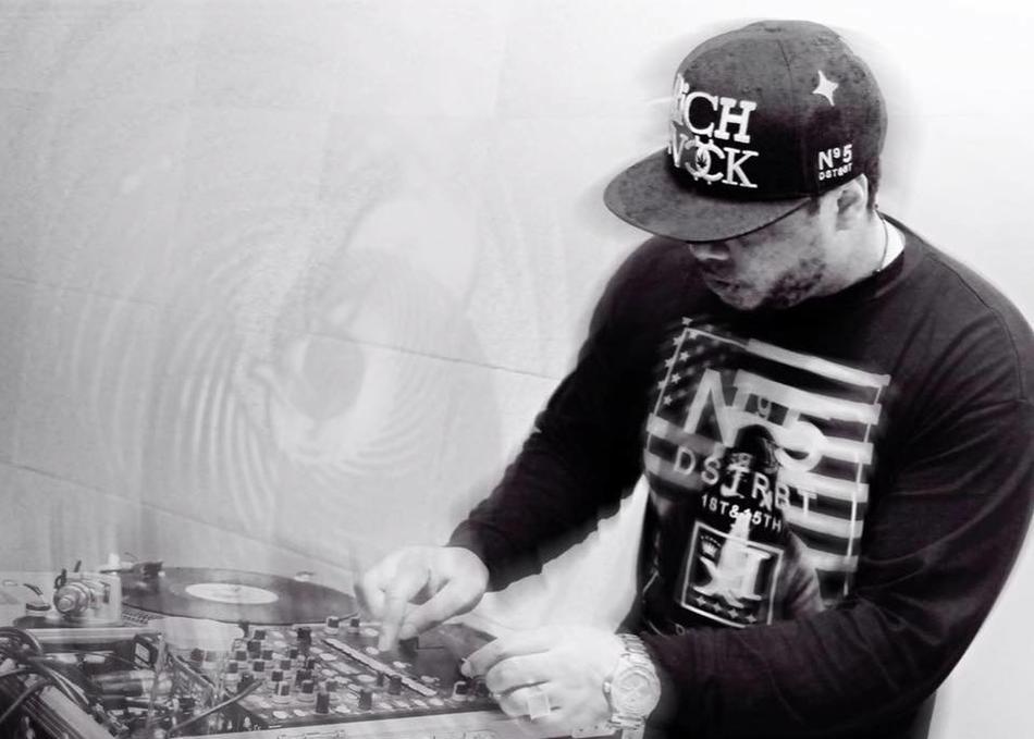 DJ D-BesT