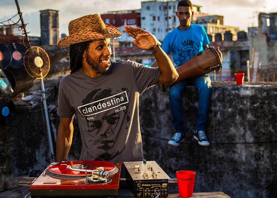 DJ Jigüe and El Menor