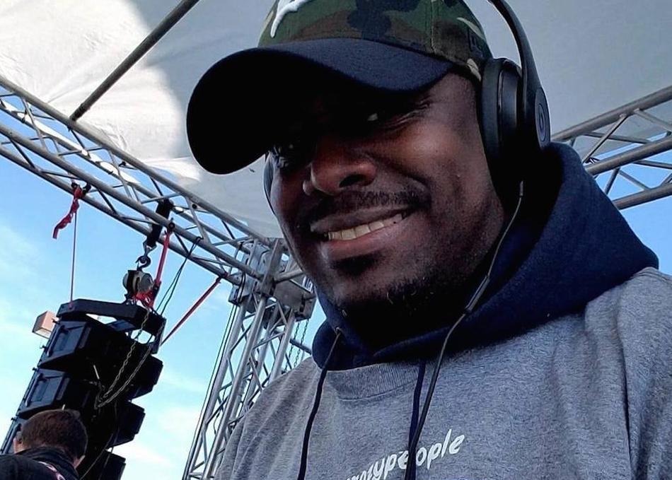 DJ D-Lite