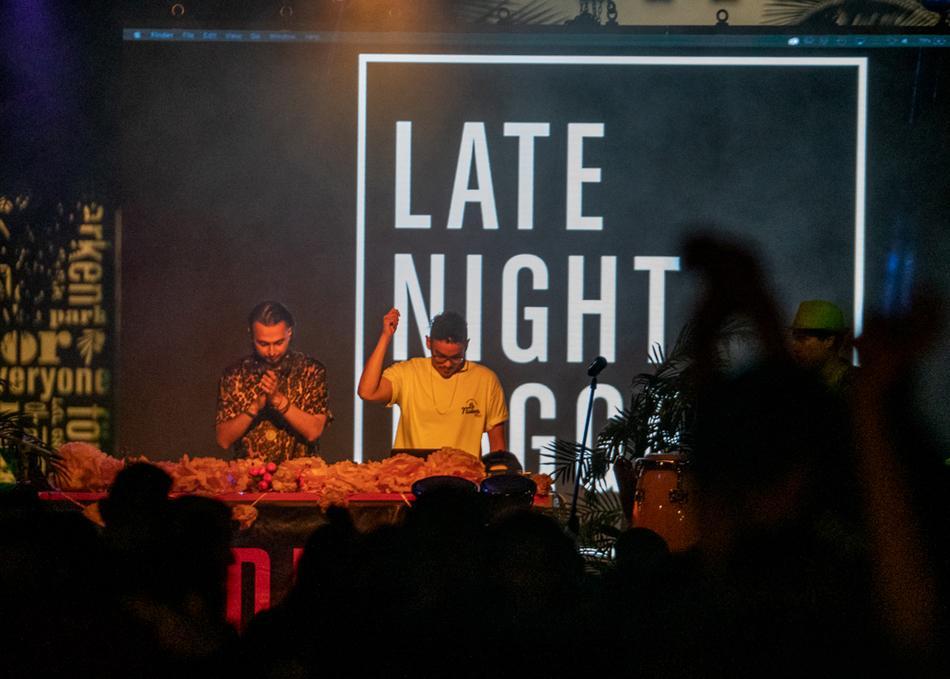 Late Night Laggers