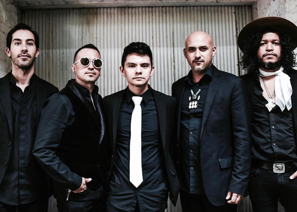 Dos Santos: Anti-Beat Orquesta