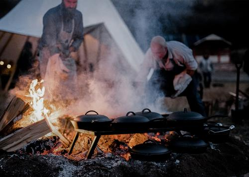SouthBites presents an open-fire outdoor dining experience hosted by Barebones Living